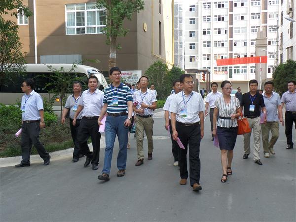创园专家领导小组赴御公馆小区视察